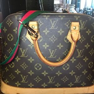Louis Vuitton Alma PM $725 GUC
